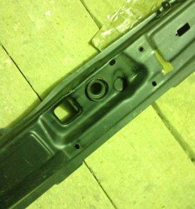 Верхняя планка 2108 рамки радиатора