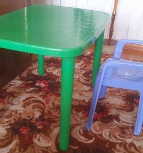 Детский стол, стул, машинки