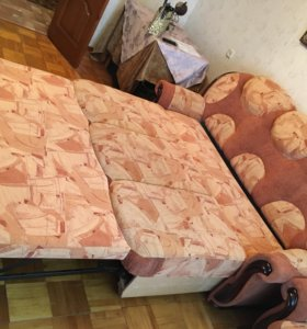 Мягкая мебель(диван+два кресла)