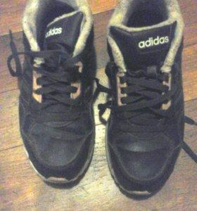 Зимние кроссовки адидас