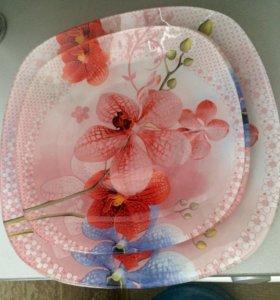 Набор стеклянных тарелок 4 шт новый