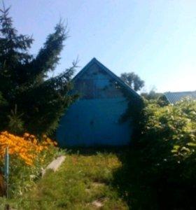 Дом в село Красное