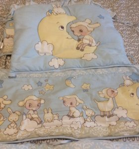 Бортики в кроватку с балдахином и комплектом белья