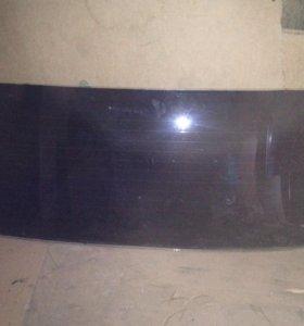 Стекло заднее ВАЗ-2105-2 шт.,лобовое переднее-1 шт