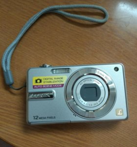 Фотоаппарат lumix 12Мп