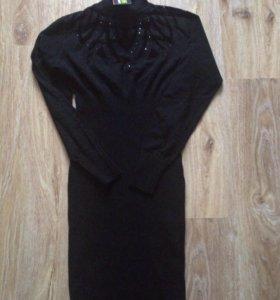 Платье-футляр, размер S
