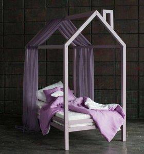 WOOD TOWER Кровать-домик на ножках из массива