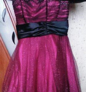 Красивое вечернее платье для принцесс