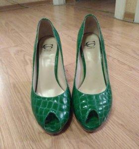 Туфельки зеленые (Gudiali)
