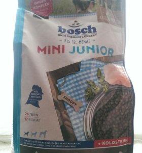 Корм Bosch для щенков мелких пород с птицей 1 кг
