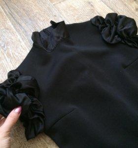 Очень красивое аккуратное чёрное платье 42-44-46