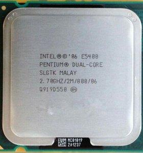 Pentium E5400 Wolfdale (2700MHz, LGA775, L2 2048Kb
