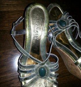 Обувь босоножки