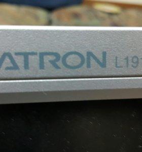 Монитор 19 LG L1918