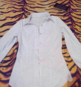 Белая школьная блузка