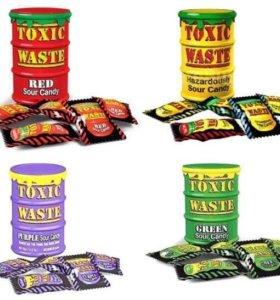 Toxic Waste / Самые кислые конфеты в мире