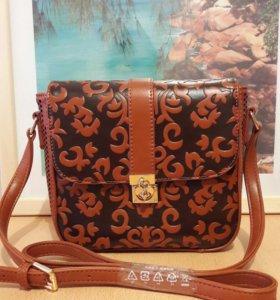 Новая красивая сумочка