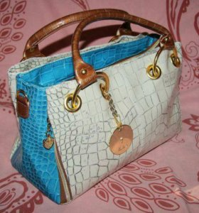 """Лаковая сумка """"Белый и Голубой"""""""