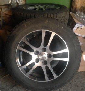 Продам комплект колес R15 195/60