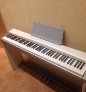 Цифровое фортепиано Casio Privia PX-130WE