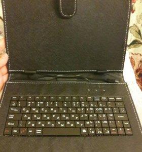 Чехол клавиатура для планшета новый