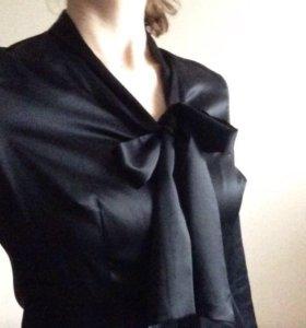 Блузка чёрная атласная