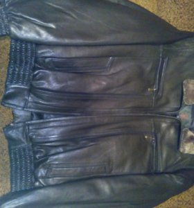 Новая куртка мужская кожаная