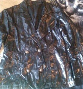 Пиджак лаковый.