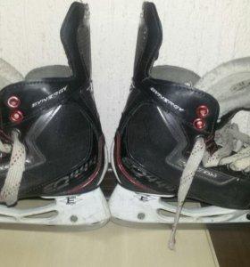Коньки детские хоккейные р32-33
