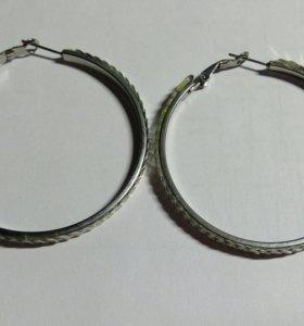 Серьги-кольца с пайетками