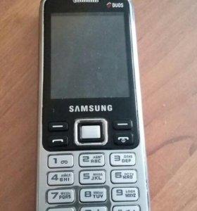 Телефон SAMSUNG C3322 в красном корпусе