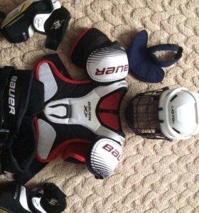 Хоккейная форма , нету краг и ошейника