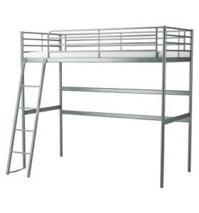 Кровать - чердак  вместе с матрасом (пружинный)