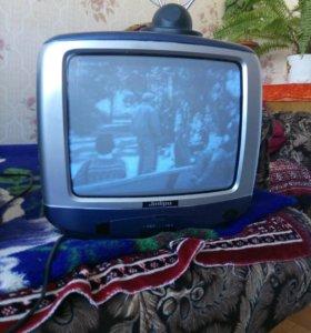 Чёрно - белый телевизор Jinlipu