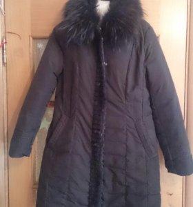 Пальто с мехом межсезонка