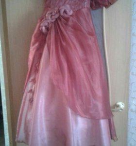Платье на девочку 11-12лет