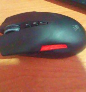 Игровая мышка ,bloody