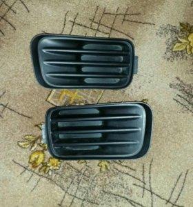 Заглушки переднего бампера Honda Accord