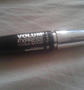 """Чёрная тушь """"VOLUM' EXPRESS tubo boost"""""""