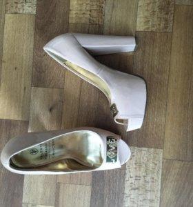 Продам новые туфли 37 размер