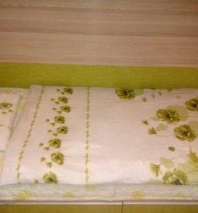 Одеяло подушка и постельное