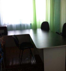 Продам офисную мебель