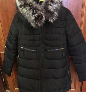 Пальто чёрное из натурального меха