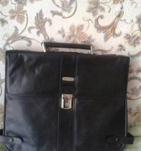 Стильный новый портфель