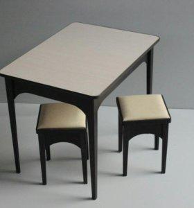 Стол+2табуретки