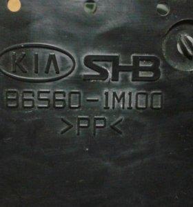 Усилитель бампера для киа 86560-1м100