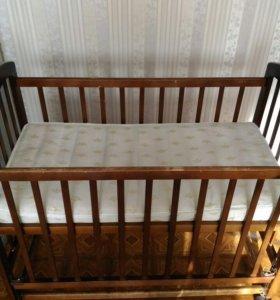 Детская кроватка + матрац б/у