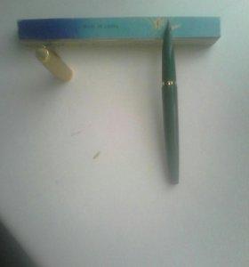 Чернильная ручка