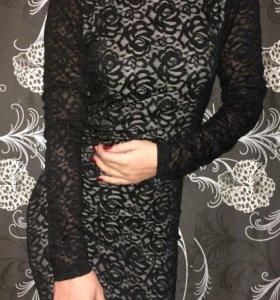 Платье с открытой спиной Р 40
