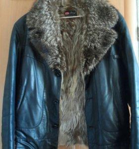 Зимняя-демисезонная куртка из енота.